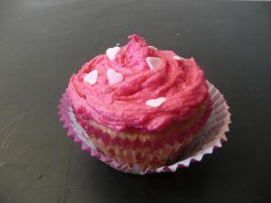 Recette Cupcakes roses à la rose et aux biscuits roses : Rose, Rose, Rose