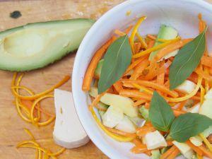 Recette Salade carotte, avocat et reblochon à l'orange : la Savoie méconnue