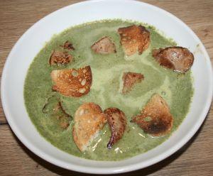 Recette Soupe de pissenlits, foie de lapin et croûtons