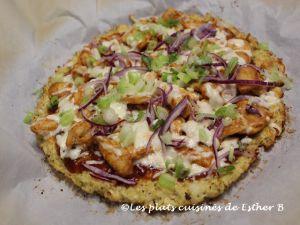Recette Pizza au poulet BBQ sur croûte de chou-fleur