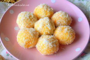 Recette Gâteau sec à la noix de coco et confiture