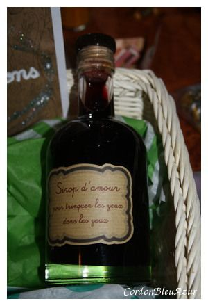 Recette Sirop de vin chaud (cadeau gourmand de mariage) ou sirop d'amour pour trinquer les yeux dans les yeux