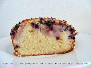 Recette Cake à la pêche et aux baies de sureau