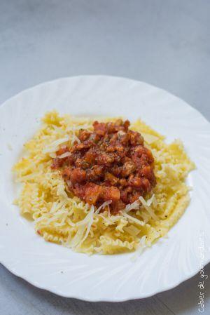 Recette Pâtes  à la sauce bolognaise végétarienne (aux PST)