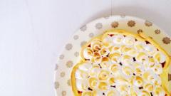 Recette Tarte au citron et framboises meringuée