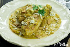 Recette Poulet en sauce au safran et amandes (pollo en pepitoria). Cuisine espagnole
