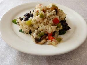 Recette Épinards aux haricots noirs et riz complet – Végétalien