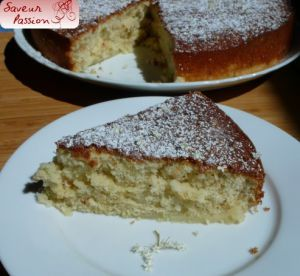 Recette Gâteau au lait chaud, parfumé à la fleur de sureau