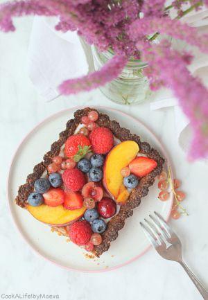 Recette Tarte aux fruits d'été, flocons d'avoine et yaourt coco (vegan)