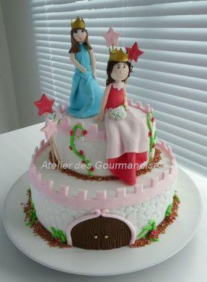 Recette Gâteau château de princesses, tout en pâte à sucre