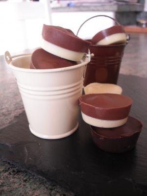 Recette Mendiants et Chocolats au Nutella, confiture ou chamallow