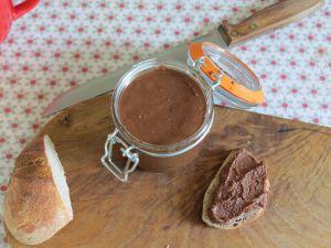 Recette Pâte à tartiner noisette-chocolat 100% maison (ou presque)