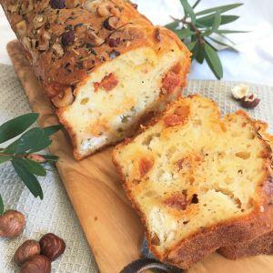 Recette Cake chorizo, chèvre & noisettes
