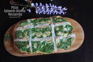 Recette Pizza aux épinards ricotta et mozzarella
