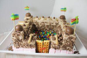 Recette Gâteau d'anniversaire en château fort pour chavelier en culotte courte