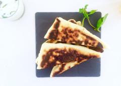 Recette Gözleme courgettes-menthe et sauce au yaourt-concombre