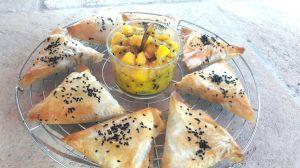 Recette Samoussas au choux fleur et chutney à la mangue {une entrée veggie pour Noël}