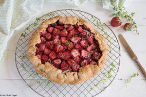 Recette Tarte rustique aux fraises et thym citron