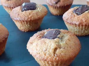 Recette Muffins au chocolat avec des restes de pain. Recette anti-gaspi, avec ou sans thermomix