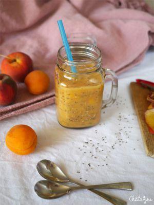 Recette Smoothie pêches-abricots & graines de chia