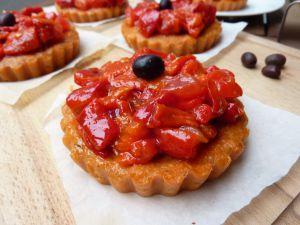 Recette Salade juive et polenta tomate - paprika fumé