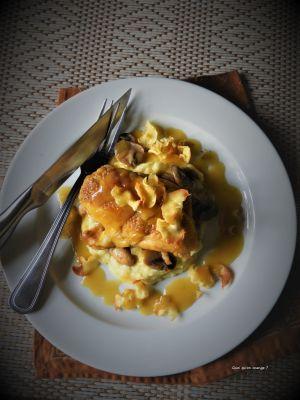 Recette Suprême de poulet, mousseline et chips de panais, réduction de sauce au beurre