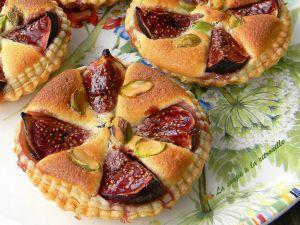 Recette Tartelettes aux figues à la crème d'amandes
