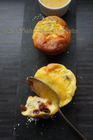 Recette Mini gateaux Au Fromage Blanc et Aux Raisins et leur Sauce Clémentine