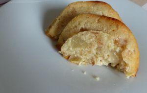 Recette Gâteau au pain rassis et poires