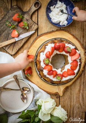 Recette Bundt cake fraises-rhubarbe