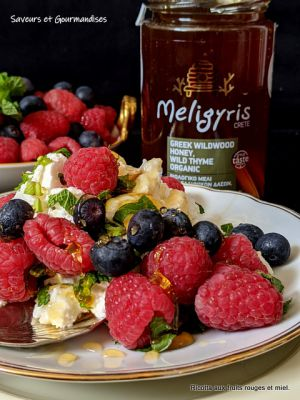 Recette Ricotta aux fruits rouges et miel