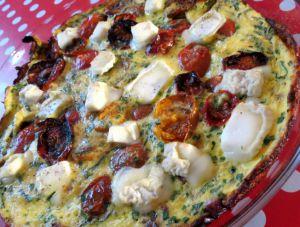 Recette Frittata aux tomates fraîches, tomates rôties, tome de chèvre et herbes