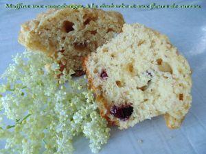 Recette Muffins aux canneberges, à la rhubarbe et aux fleurs de sureau