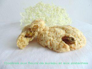 Recette Cookies aux fleurs de sureau et aux pistaches