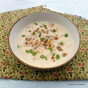 Recette Crème de chou fleur au lait d'amandes et miso