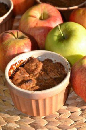 Recette Crumble aux pommes spéculoos et chocolat blanc