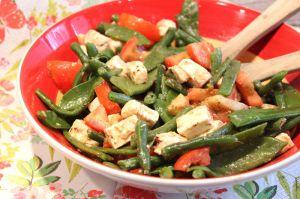 Recette Salade aux haricots verts, haricots plats, tomates et fêta