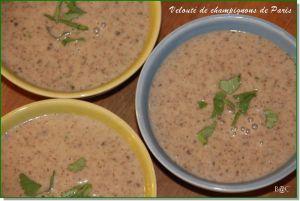 Recette Ma soupe onctueuse aux champignons de Paris