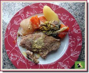 Recette Rouelle de porc comme un pot au feu avec navet, carotte, poireau et pomme de terre