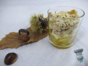 Recette Verrine de compotée de pomme peinette et oignons doux, Pélardon mariné et crumble à la châtaigne