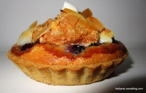 Recette Tartelettes crème d'amande, raisins - vanille et confiture de gingembre