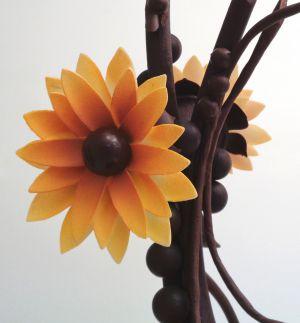 Recette Pièce artistique à la fleur jaune
