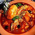 Recette Rouelle de porc et saucisses fumées en sauce curry avec des haricots blancs et rouges