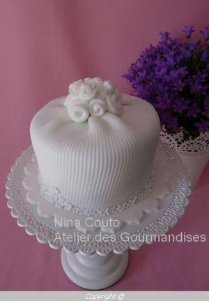 Recette Gâteau dégustation en pâte à sucre