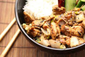 Recette Wok poulet aux échalotes et aux haricots noirs fermentés