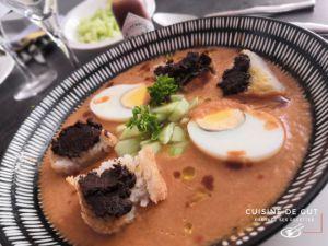 Recette Gaspacho maison oeufs durs et pain grillé à la tapenade