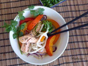 Recette Soupe de nouilles udon, saumon et potimarron