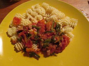 Recette Festoni, sauce a l'aillet et tomates séchées