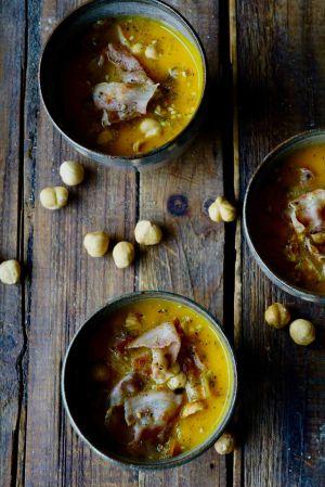 Recette Soupe de potimarron , pancetta et noisettes