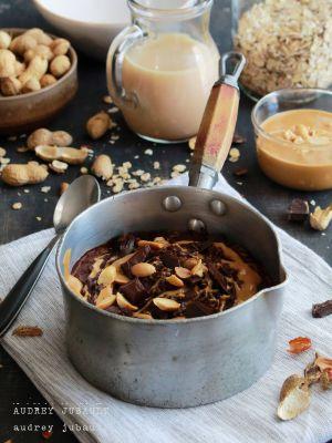 Recette Oatmeal au chocolat et beurre de cacahuètes